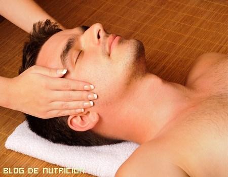 cómo hacer un masaje facial
