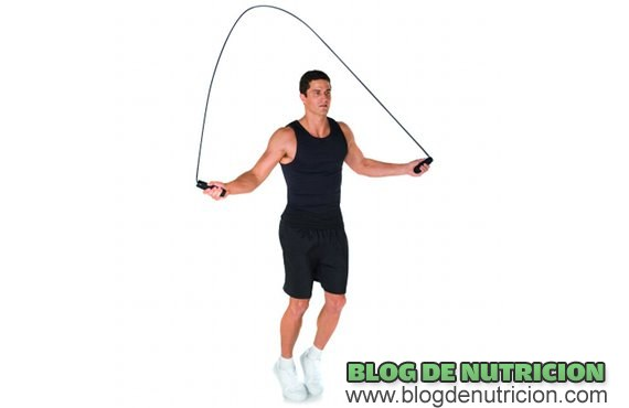 eliminar peso saltando a la cuerda