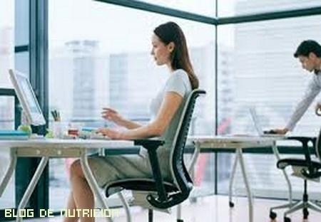 ejercicios para los que trabajan sentados
